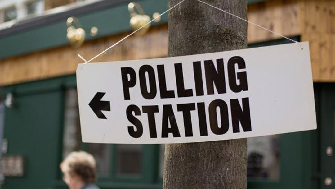 Image of Sign to Polling Station