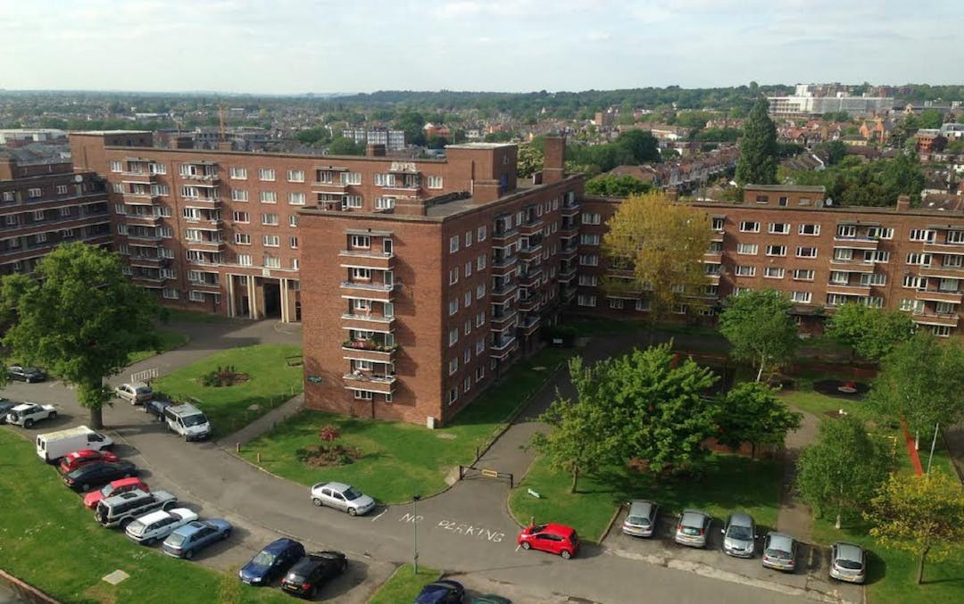 Arial image of Cambridge Gardens estate.